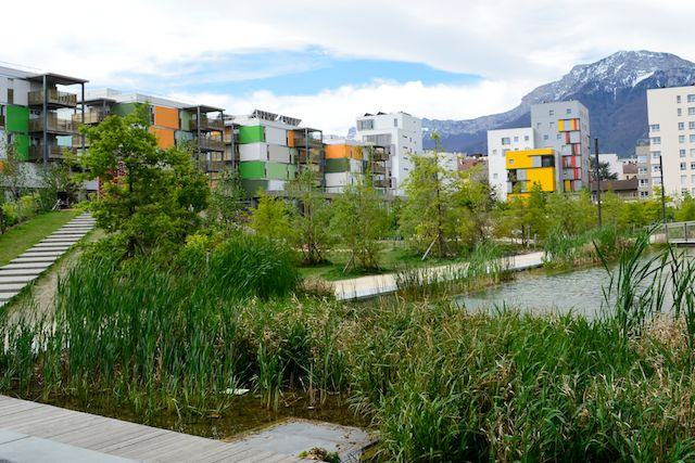 Tour Majunga also Zac De Bonne A Grenoble 38 together with Horizon 20 munity 20College likewise Pefc 2 additionally Toiture. on breeam